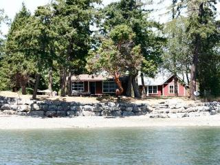 Private & Tranquil Waterfront - Roche Harbor - Friday Harbor vacation rentals