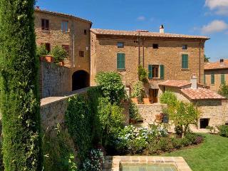 1213 La Residenza - Castelnuovo dell'Abate vacation rentals