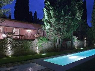 La Fiorentina, Sleeps 8 - Galluzzo vacation rentals