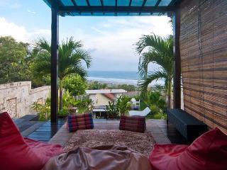 Villa Alcheringa Yogyakarta - Parangtritis vacation rentals