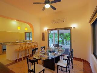 Garden Villa. 4 Bedroom.Garden View.Fully equipped. - Quintana Roo vacation rentals