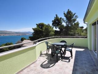 Apartments Pava - 43421-A4 - Okrug Donji vacation rentals