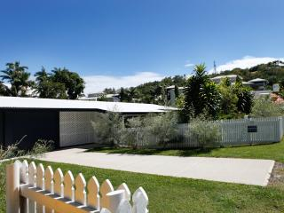 Port Douglas Holiday House in the heart of town! - Port Douglas vacation rentals