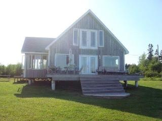 Beautiful Oceanfront Chalet - Lorneville vacation rentals