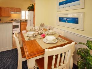 GREAT 3 BR CONDO in GATED RESORT,  4MI DISNEY - Kissimmee vacation rentals