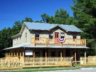Alexander-Perrigo House in Rugby, Tennessee - Helenwood vacation rentals