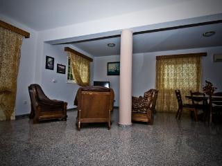 3 bdrm Sup. InlandViewVilla Beach Oroklini Larnaca - Larnaca District vacation rentals