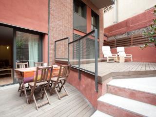 La Sagrera design duplex cortit 2 - World vacation rentals
