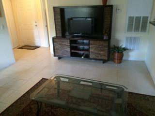 Vacation Condo at Venetian Palms #309 - Fort Myers vacation rentals