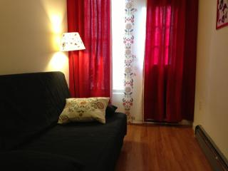 Perfectly Renovated Flat, 10 min to NYC! - New York City vacation rentals