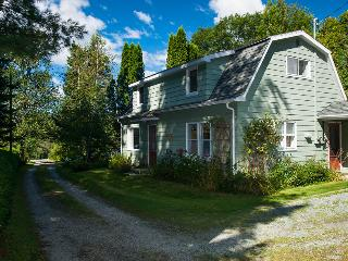 Rustic Country House close to the lake - North Hatley vacation rentals