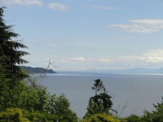 Orveas Bay Oceanfront Cottage - Sooke vacation rentals