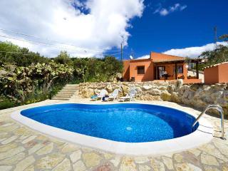 Villa Fiordaliso- JUNE LAST MINUTE - Castellammare del Golfo vacation rentals