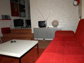 The fabulous 70's -City Center Home - Florence vacation rentals