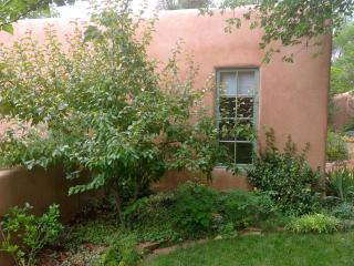 Cozy and Quiet Santa Fe Casita - Santa Fe vacation rentals