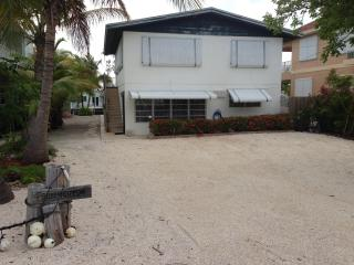 Florida Keys House 2/1 On the Water w/ Dock MM-90 - Tavernier vacation rentals