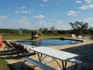 Amazing View and Pool! - 3/2 & 1/1 Pool/ Hot Tub!  Bandera Ranch - Bandera - rentals