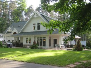 Romantic Northwoods Lakeside Efficiency Suite - Rhinelander vacation rentals