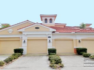 Quiet and spacious unit - Naples vacation rentals