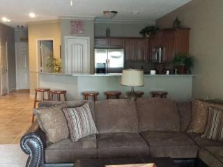 Lake of the Ozarks Condo-Available Memorial Wkend - Camdenton vacation rentals