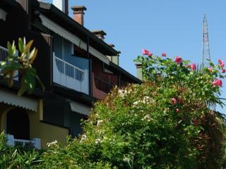 aprilia1 - Aprilia Marittima vacation rentals