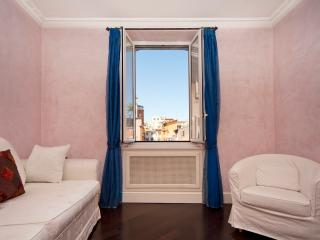 Trastevere graceful apartment - Rome vacation rentals