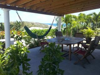 ANTILLES ST MARTIN STUDIO SECURE WITH POOL JACUZZI BEAUTIFUL SEA VIEW - Oyster Pond vacation rentals
