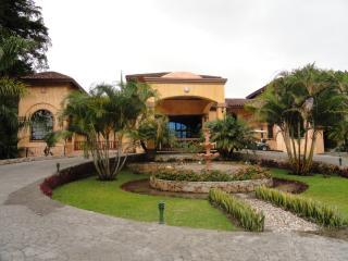 LUXURY 3 BEDROOM VILLA IN VALLE ESCONDIDO - El Cope vacation rentals