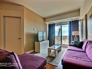 Ottawa Bond 1BR Business Rental - Ottawa vacation rentals