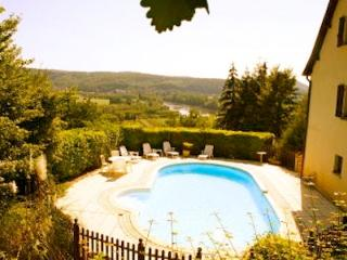 Lovely Dordogne House with private heated pool - Bezenac vacation rentals