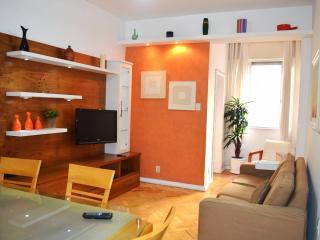 Copacabana Convenient 2 Bedroom 2 Bathroom - Rio de Janeiro vacation rentals