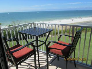 FORT MYERS BEACH FRONT CONDO - Fort Myers Beach vacation rentals