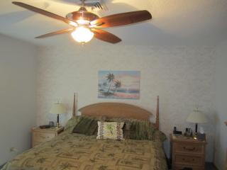 St.Armands Circle condo ( Kingston Arms ) - Sarasota vacation rentals