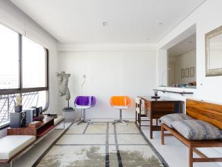 Stylish 3 Bedroom Apartment in Jardins - Sao Paulo vacation rentals