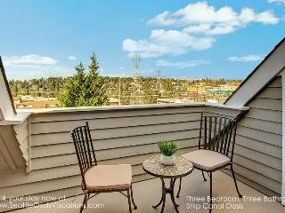 3 Bedroom 3 Bath Ship Canal Oasis - Seattle vacation rentals