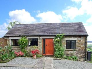 MANIFOLD COTTAGE, pet-friendly single-storey cosy cottage with country views in Grindon Ref 25541 - Grindon vacation rentals