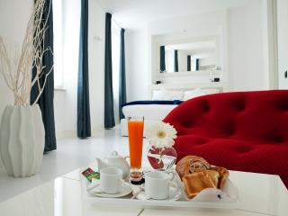 New Trastevere's exclusive Palace - Rome vacation rentals