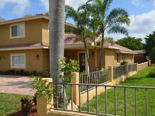 Vanderbilt Vacation Villa - Naples vacation rentals
