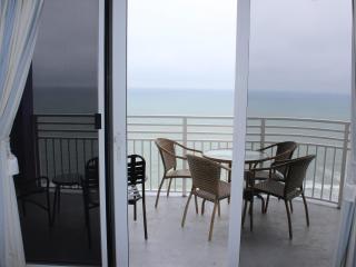2 Bedroom Deluxe Ocean Front Free WIFI - Daytona Beach vacation rentals