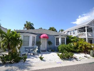 Shore Winds Cottage steps from the Gulf! Month of March 2015 Now Available!!! - Redington Shores vacation rentals