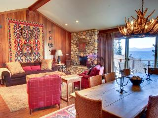 Warm, lakefront home with room for 8 - Kings Beach vacation rentals