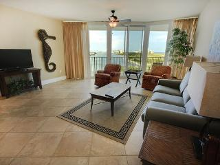 Beautiful CARIBE condo with Private Balcony - Orange Beach vacation rentals