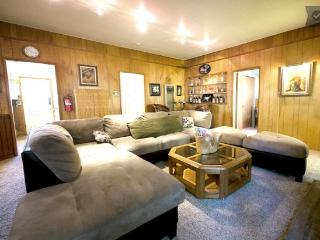 Big Bear city 3bdr CABIN RENTAL #1 cozy cabin BEST - Big Bear Lake vacation rentals
