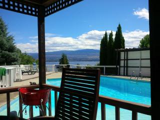 Amigo Winehouse - Peachland vacation rentals