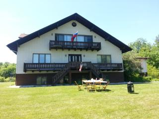Perfect Getaway with a View - Geneva on the Lake vacation rentals