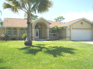 Villa Tammy -Waterfront & located on a Golf course - North Fort Myers vacation rentals