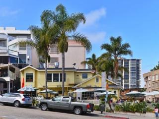 Condo in Heart of the Village - with OCEAN VIEWS - La Jolla vacation rentals