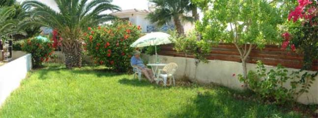 Garden - A holiday house, just 3minutes walk to the beach at Larnaca Bay - Oroklini - rentals