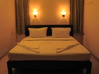 Corner Stay Serviced Apartment-Singanallur-Standard Room 1-Pvt - Coimbatore vacation rentals