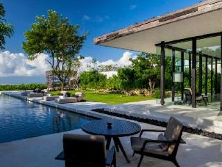 Nestled atop a cliff, ocean view Uluwatu cliffside C1 with lavish pavilions & pools - Pecatu vacation rentals
